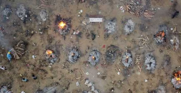 Photo shows a mass cremation of COVID-19 victims in India as the country struggles with a new surge, and people are dying waiting for help