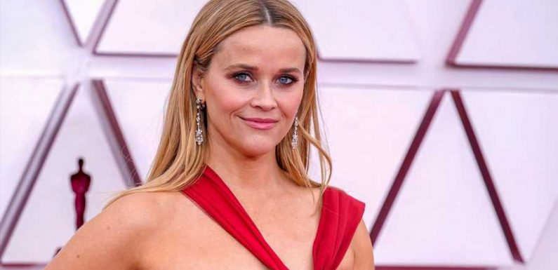 Reese Witherspoon Wore a Red Halter-Neck Gown to the Oscars