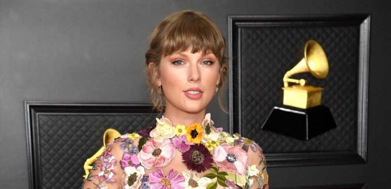 Some Taylor Swift Fans Have a Very Specific Request for Her 1989 Re-Recording