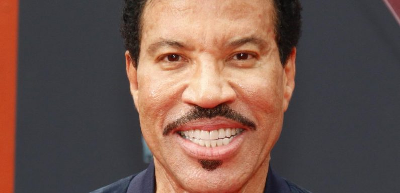 What Lionel Richie's Relationship Is Really Like With His Daughter Nicole