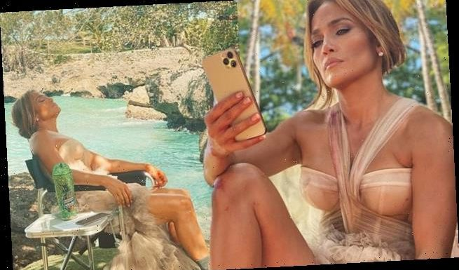 Jennifer Lopez takes a moment to unwind by her 'favorite lagoon'