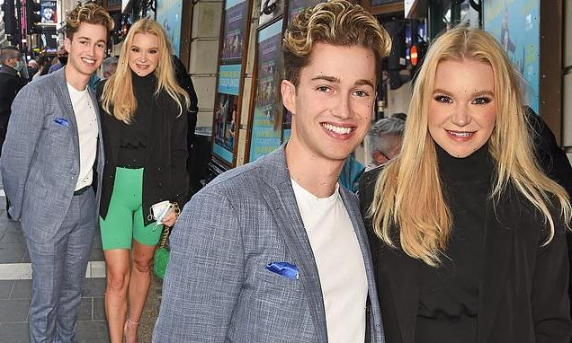 AJ Pritchard and girlfriend Abbie Quinnen cosy up for night out