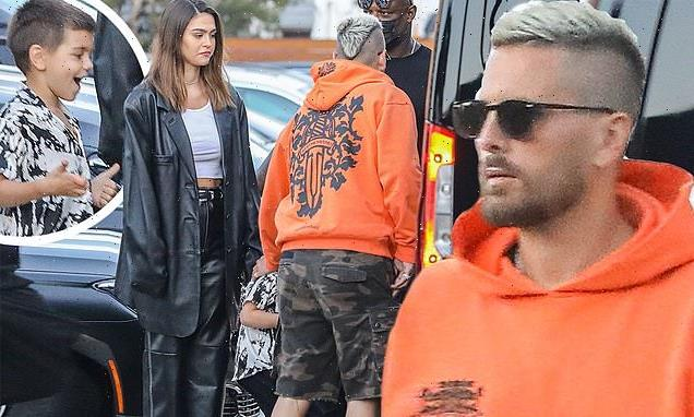 Amelia Hamlin, 19, and Scott Disick step out for dinner with his sons