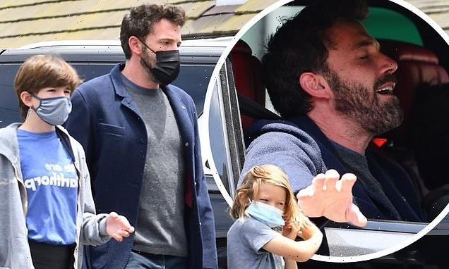 Ben Affleck is ever the doting dad taking kids to lunch