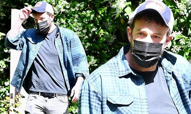 Ben Affleck returns to LA after a romantic getaway withJ.Lo