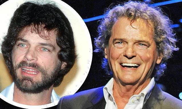 'Hooked on a Feeling' singer B.J. Thomas dies at 78 from lung cancer