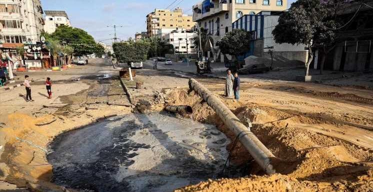 Israel unleashes airstrikes after vowing to press on in Gaza
