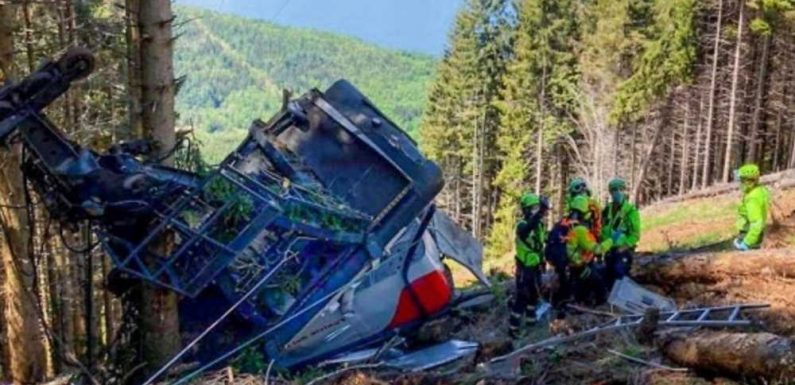 Italy cable car crash kills at least 12, critically injures two children
