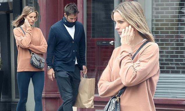 Jamie Redknapp's pregnant girlfriendFrida Andersson steps out