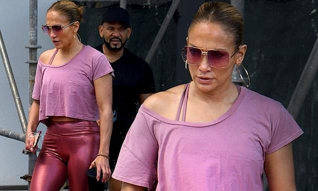Jennifer Lopez shows her outstanding figure as she returns to the gym