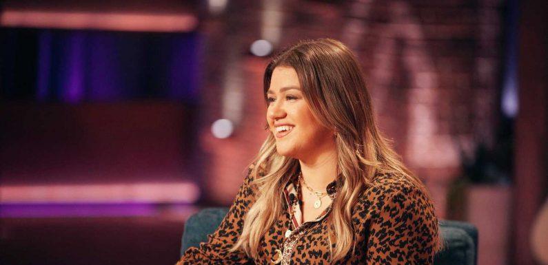 Kelly Clarkson lands Ellen DeGeneres' daytime talk show slot, more news