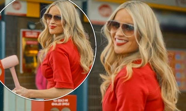 Love Island 2021: Laura Whitmore  appears in FIRST LOOK trailer