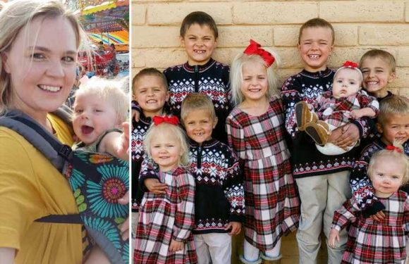 Mum who had 10 kids in 10 years spends £975 a month on food, homeschools them all & only has ONE child-free date a year