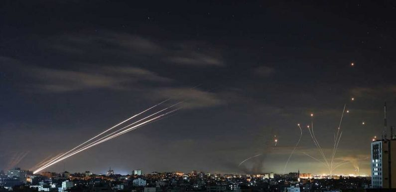 Press lies about what's happening between Israel and Gaza