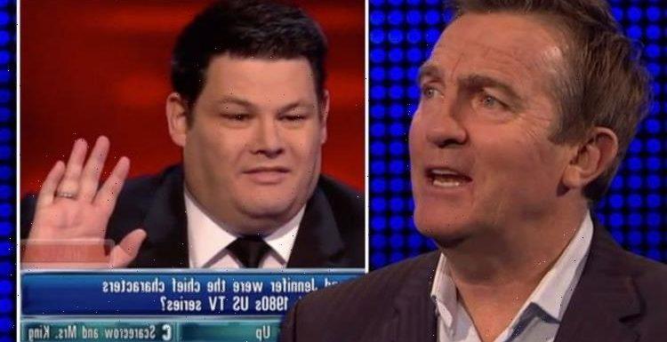 Bradley Walsh 'penalises' Mark Labbett after The Chase rule break: 'Sorry!'