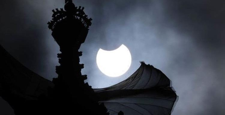 Eclipse pictures: Best pics of the magnificent 'Ring of Fire' eclipse