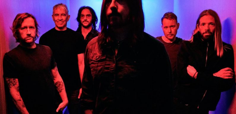 Foo Fighters Announce Anniversary Tour Dates for 2021