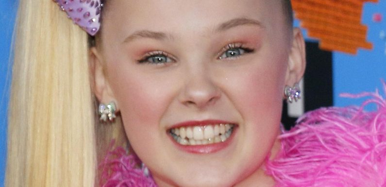 Jojo Siwa Reveals Who Reached Out To Her After She Came Out