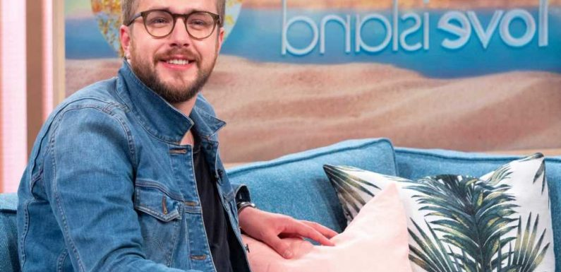 Love Island's Iain Stirling drops HUGE hint show is already filming in Majorca as he counts down to start date