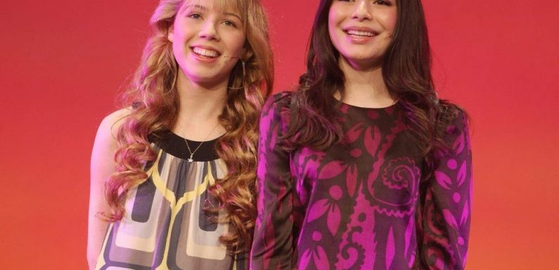 'iCarly': Both Miranda Cosgrove and Jennette McCurdy Found It Difficult Being Called Role Models