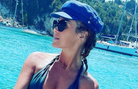 Amanda Holden looks sensational as she dons plunging bikini for sun-soaked snap