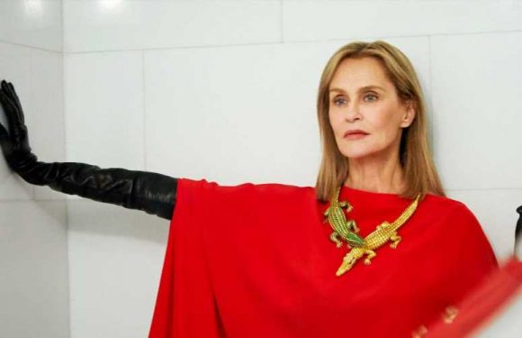 Cartier Let Its Wildest Jewels Out of the Case for Lauren Hutton to Try On