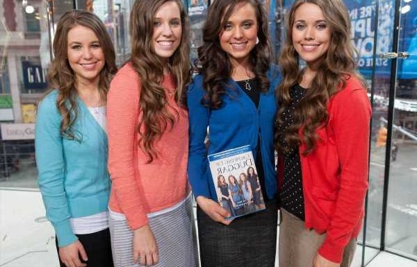 Jana Duggar's Rumored Boyfriend's Family Posted a Photo With the Duggar Family Back in 2014