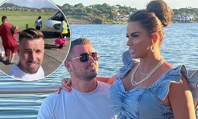 Katie Price's fiancé Carl Woods shares selfies in Saint Lucia