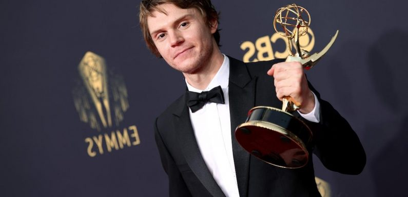 Evan Peters Screams Kate Winslet's Name During Emmy Award Acceptance Speech