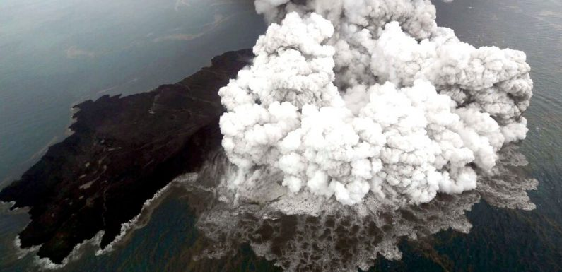 How Math Solved the Case of the Volcanic Bombs That Didn't Explode