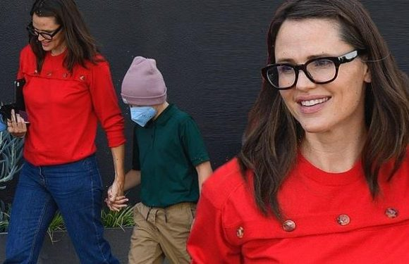 Jennifer Garner shops for chocolate with her son in Brentwood
