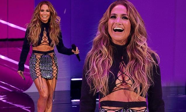Jennifer Lopez delights fans with surprise appearance at the MTV VMAs