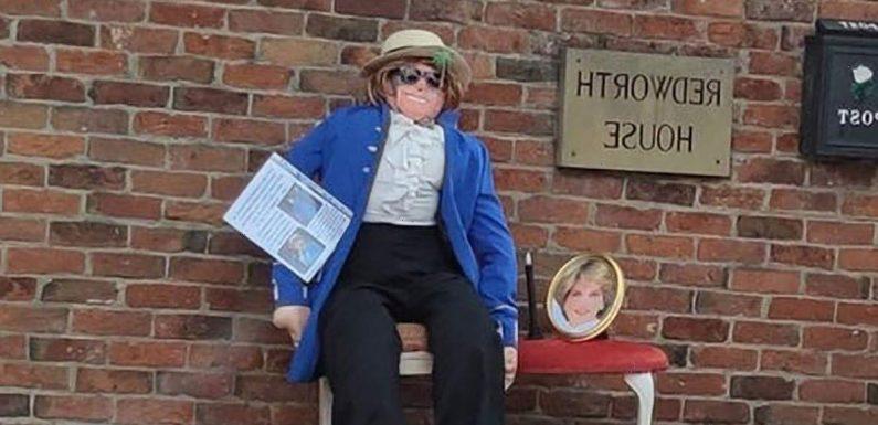 Princess Di scarecrow that 'looks more like Elton John' has internet in stitches