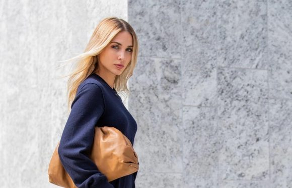 This Easy, Comfortable Fall Outfit Is the Alternative to Your Classic Jeans