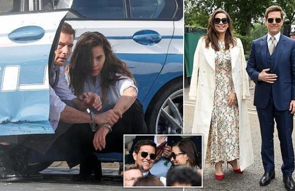 Tom Cruise 'SPLITS' from Mission: Impossible 7 co-star Hayley Atwell