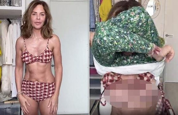 Trinny Woodall accidentally flashes her BOOBS during Instagram live